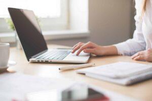 éviter les arnaques pour lma création de votre site internet
